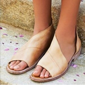 New Frew People Mont Blanc Sandal - Natural 38